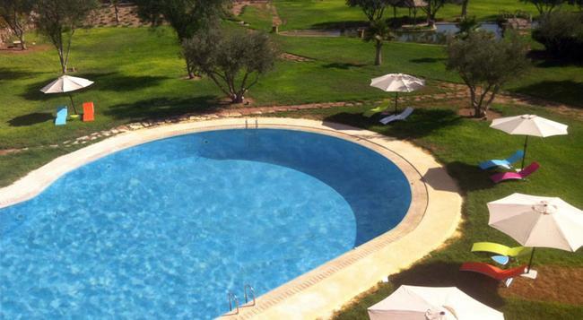 Palais Rtaj - Marrakesh - Pool
