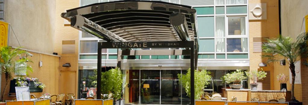 Wingate by Wyndham Manhattan Midtown - New York - Building