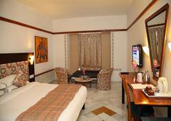 Hotel Paras Mahal - Udaipur - Kamar Tidur