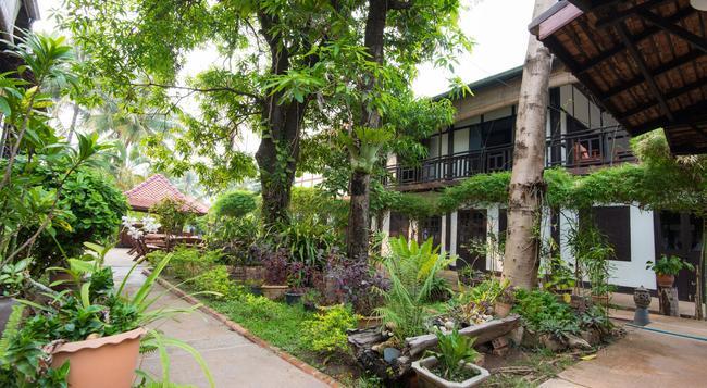 Villa Lao - Vientiane - Outdoor view