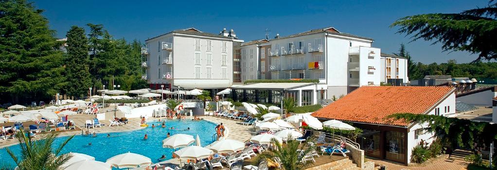 Valamar Pinia Hotel - Poreč - Building