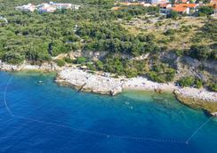Tirena Hotel - Dubrovnik - Pantai