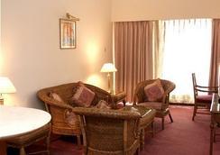 The Resort - Mumbai - Kamar Tidur
