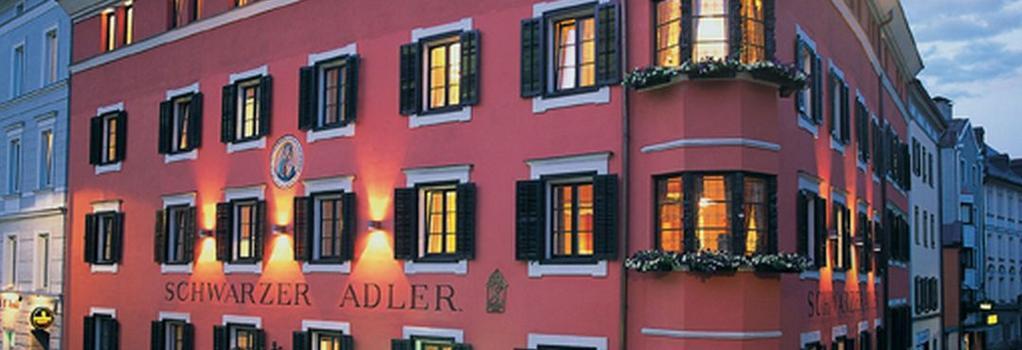 Hotel Schwarzer Adler - Innsbruck - Building