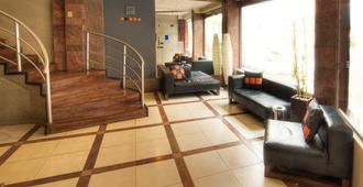 Hotel LP Columbus - La Paz - Bangunan