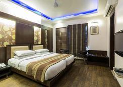 Hotel Le Cadre - New Delhi - Kamar Tidur