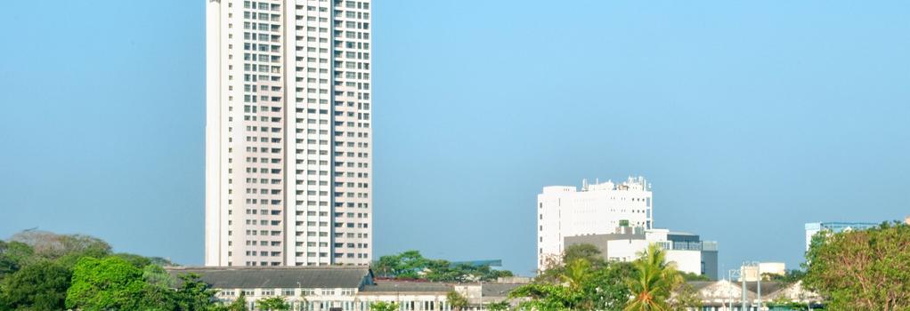 Hilton Colombo Residences - Colombo - Building