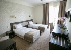 Hotel Luxor - Lublin - Kamar Tidur