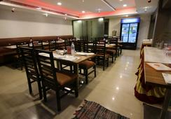 FabHotel Nachiappa RA Puram - Chennai - Restoran