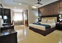 Fabhotel Majestica Inn Hitech City - Hyderabad - Kamar Tidur