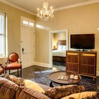 Hotel Mazarin Living Room