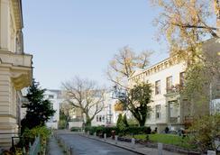 Hotel Residenz Begaswinkel - Berlin - Pemandangan luar