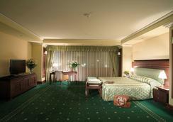 Grand Hotel Sofia - Sofia - Kamar Tidur