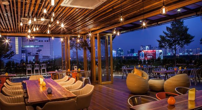 Metro Pratunam Boutique Hotel - Bangkok - Restaurant