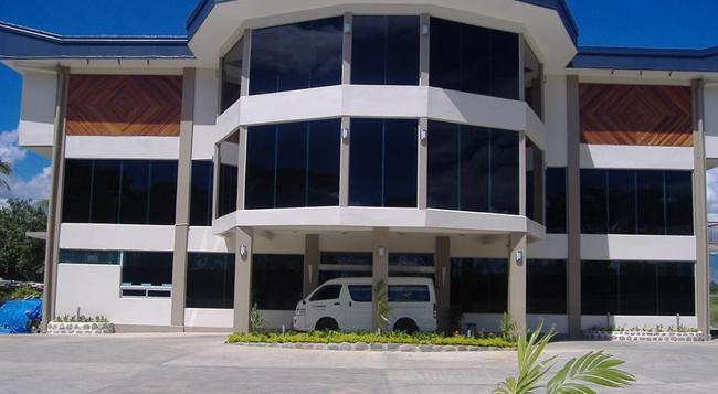 Trans International Hotel - Nadi - Building