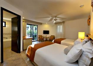 The Reef Playacar Beach Resort