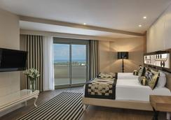 Delphin Imperial Hotel Antalya - Lara - Kamar Tidur