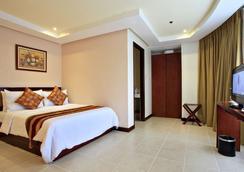Hotel Centro - Puerto Princesa - Kamar Tidur