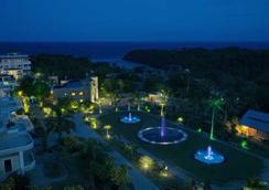 Lingganay Boracay Hotel Resort - Malay - Pemandangan luar