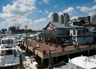 Boston Yacht Haven Inn & Marina