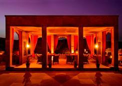 Bijolai Palace, A Treehouse Palace Hotel - Jodhpur - Restoran