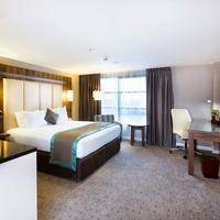 DoubleTree by Hilton Hotel Milton Keynes Guest room