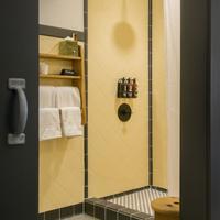Ace Hotel Pittsburgh Bathroom