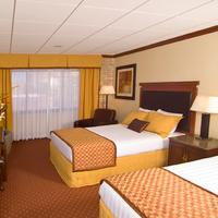 Riverwalk Plaza Hotel Guest room