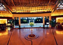 Vedic Village Spa Resort - Kolkata - Lobi
