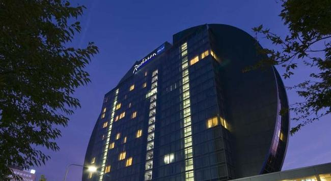 Radisson Blu Hotel, Frankfurt am Main - Frankfurt am Main - Building