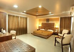 Hotel Classique - Rajkot - Kamar Tidur