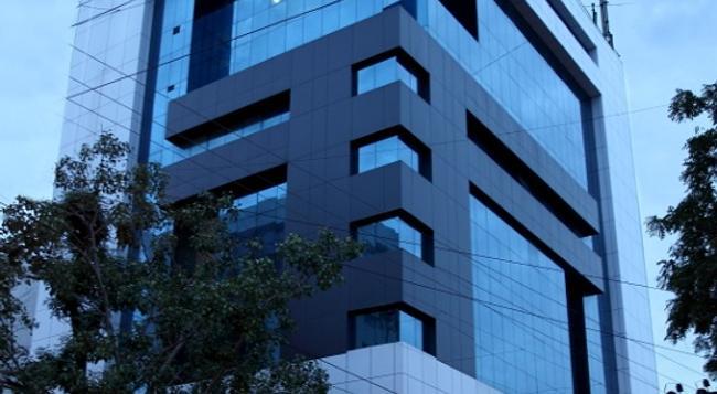 Hotel Classique - Rajkot - Building