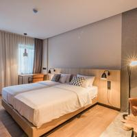 Urban Lodge Hotel Featured Image