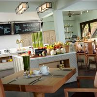 Renaissance Koh Samui Resort and Spa Banana Leaf Restaurant
