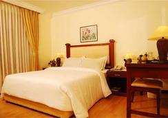 Mermaid Hotel - Kochi - Kamar Tidur