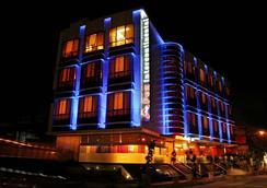 Hotel Apex Intercontinental - Jaipur - Pemandangan luar