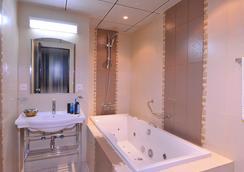 Seteen Palace Hotel - Riyadh - Kamar Mandi