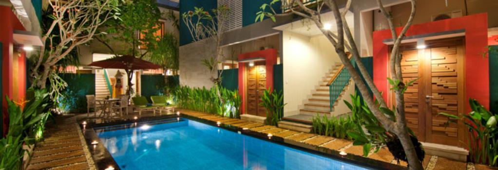 The Green Zhurga Suites - Denpasar (Bali) - Pool