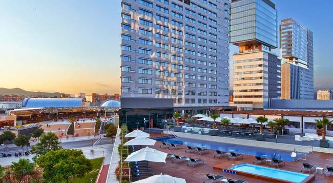 Hilton Diagonal Mar Barcelona - Barcelona - Building