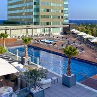 Hilton Diagonal Mar Barcelona Pool