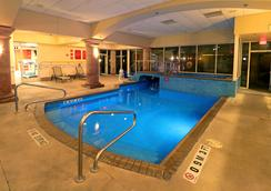 Smart iStay Hotel M - McAllen - Kolam