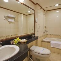 Cherry Hotel 2 Bathroom