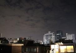 Bunk Guest House - Hostel - Seoul - Pemandangan luar