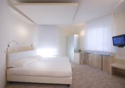 Venetia Palace Hotel - Roma - Kamar Tidur