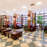 Erzsebet Hotel City Center lobby