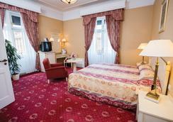 Danubius Hotel Astoria City Center - Budapest - Kamar Tidur