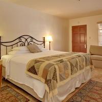 Warm Sands Villa- A Gay Men's Clothing Optional Resort Guest room