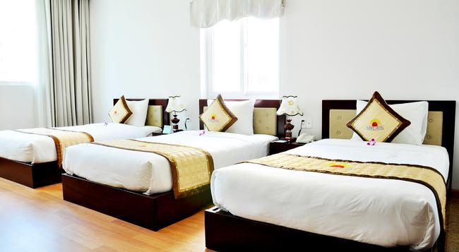 Sea Castle 2 Hotel - Da Nang - Bedroom