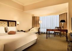 Lumire Hotel and Convention Center - Jakarta - Kamar Tidur