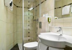 Quality Hotel du Nord Dijon Centre - Dijon - Kamar Mandi